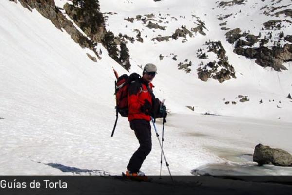 Snowkite for Oficina turismo torla